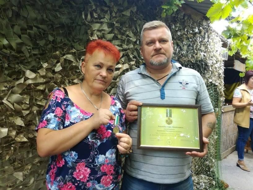 Херсонські волонтери отримали нагороди Президента України, фото-1