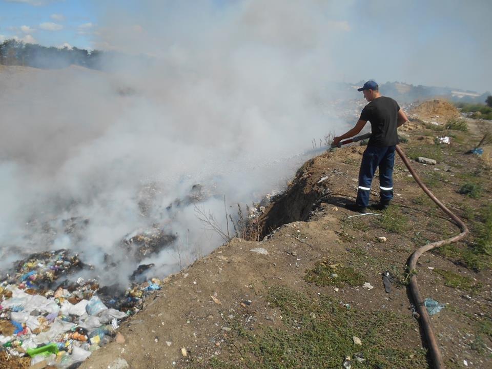 Рятувальники області тричі виїжджали на ліквідацію пожеж, фото-1
