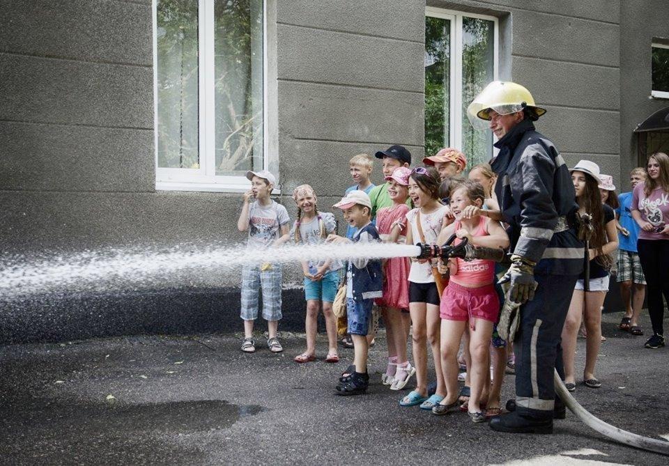 На Херсонщине спасатели ГСЧС приглашают на семейный день, фото-1