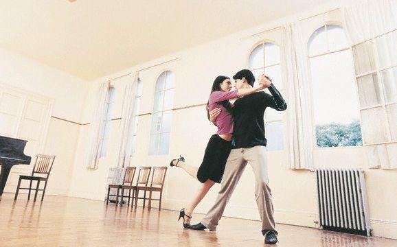 Херсонців запрошують на безкоштовні заняття Аргентинським танго, фото-1