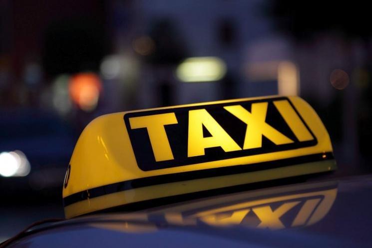 На Херсонщині затримали підозрюваних у нападі на водія таксі, фото-1