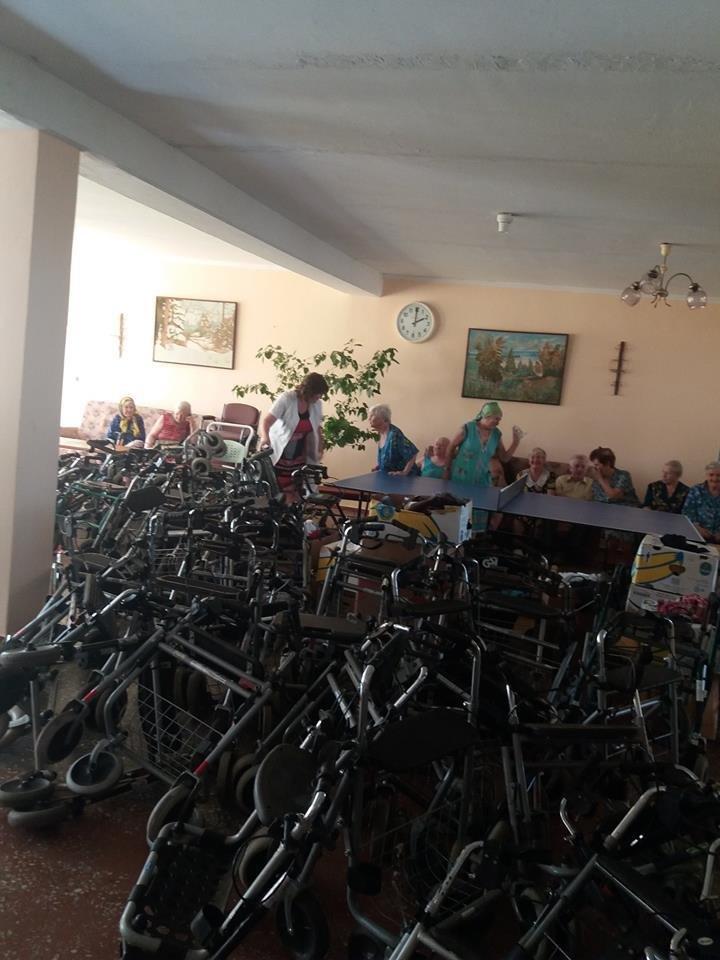 Херсонські волонтери привезли гуманітарну допомогу в Голопристанський геріатричний пансіонат, фото-2