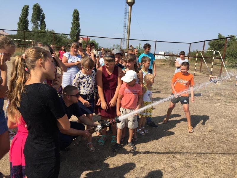 Рятувальники Херсонщини провели громадську акцію для дітей, фото-3