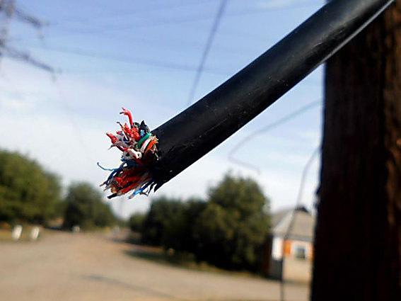 Новокаховські поліцейські затримали підозрюваного у крадіжках телефонного кабелю, фото-1