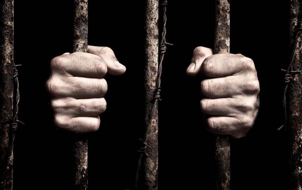 В Херсоні на 8 років ув'язнення засуджено винного у розбійних нападах на жінок, фото-1