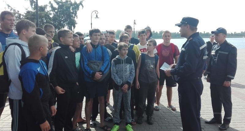 Рятувальники закликають дбати про безпеку на водних об'єктах, фото-1