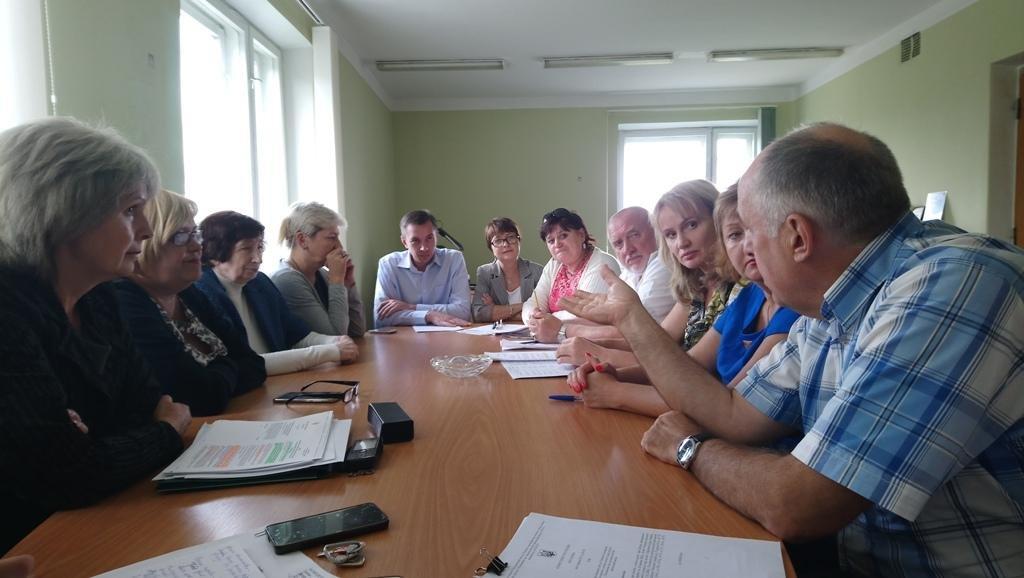 Відбулося позачергове засідання районної комісії  з питань захисту прав дитини, фото-1