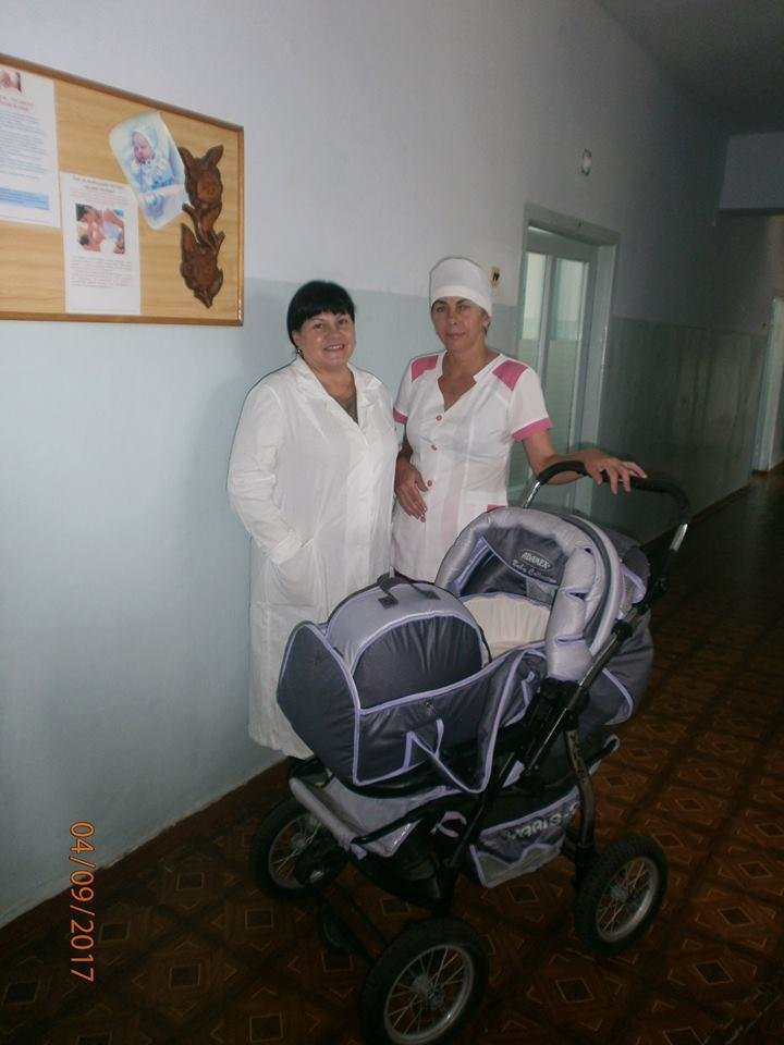 Херсонские волонтеры продолжают помогать Олешковской больнице, фото-2