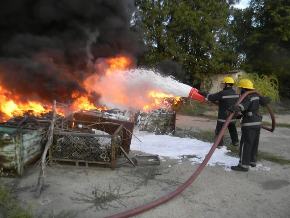 Минулої доби вогнеборці 3 рази виїжджали на гасіння сміття, фото-1