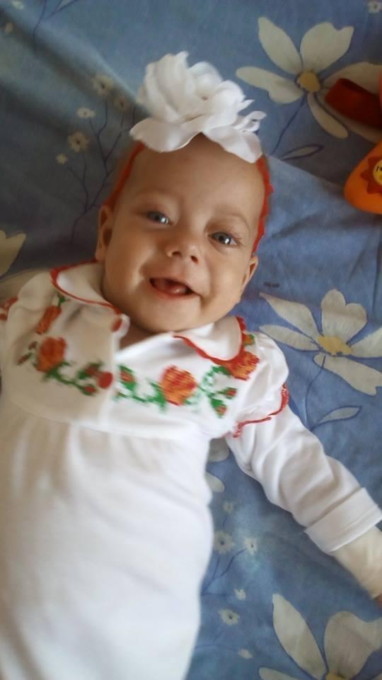 Херсонский волонтер подарила ребенку надежду на жизнь, фото-1