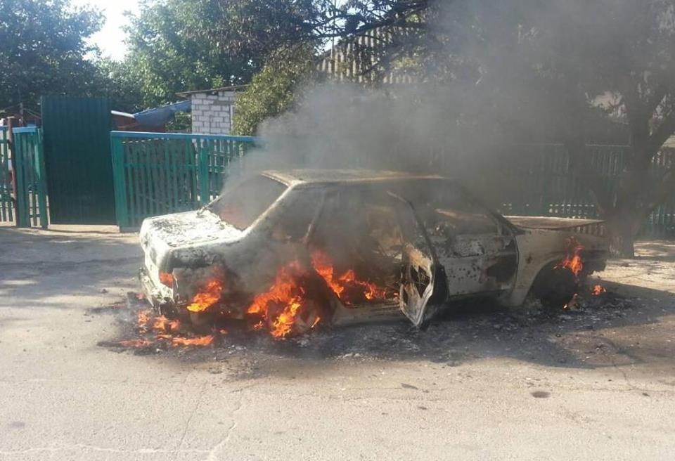 На Херсонщині загорівся автомобіль, фото-1