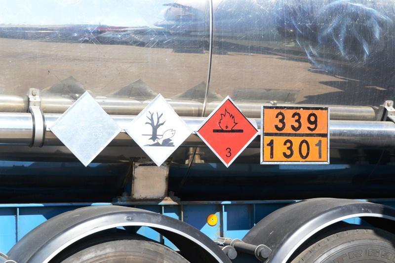 Більше двохсот водіїв отримали допуск до перевезення  небезпечних вантажів, фото-1