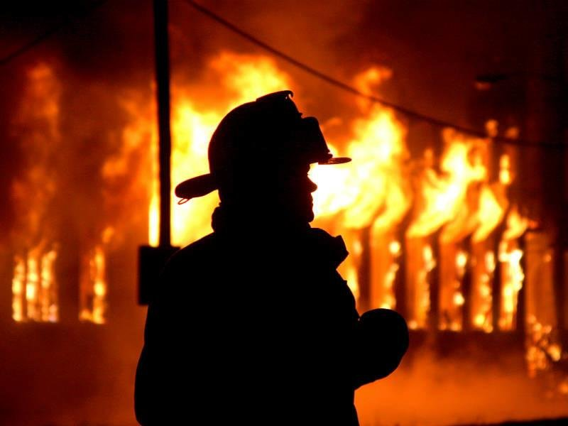 Пожар в Херсоне. Есть погибшие, фото-1