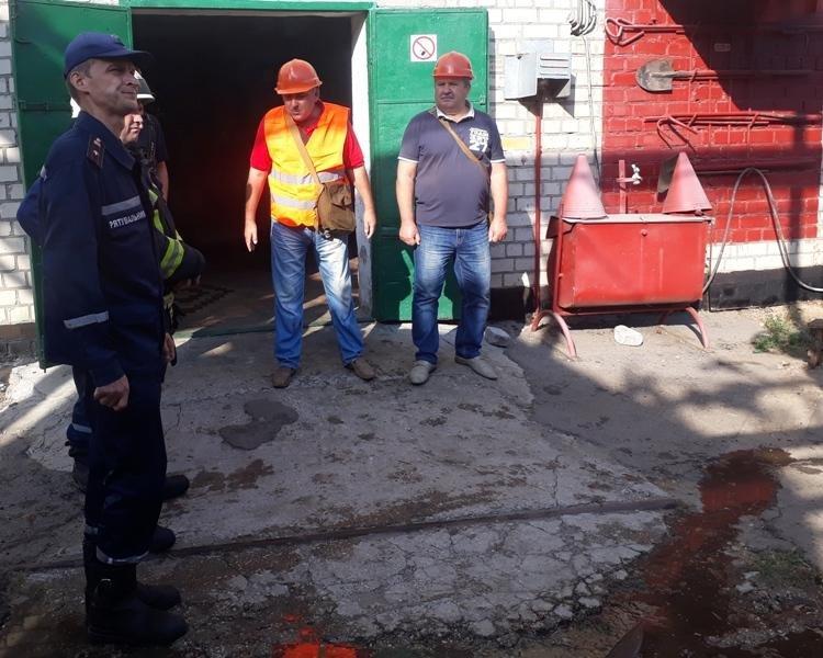 Рятувальники навчають працівників небезпечних об'єктів діям в надзвичайних ситуаціях  , фото-1