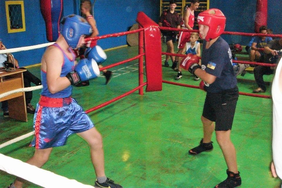 Юные боксеры Херсонщины провели спарринги, фото-1