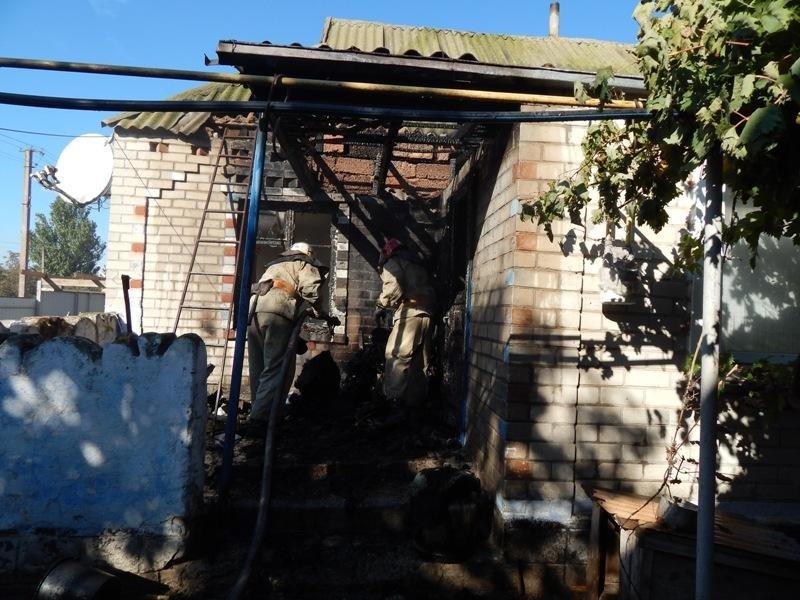 Скадовські пожежні загасили займання у веранді приватного будинку , фото-1