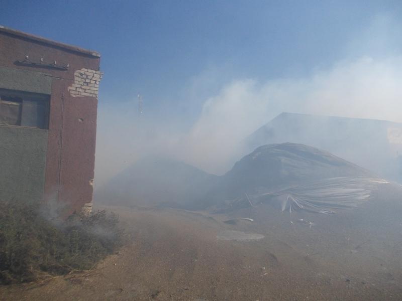 В смт Білозерка ліквідували пожежу, фото-1
