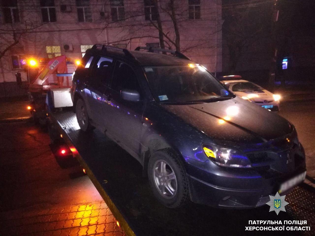 Водій Mitsubishi отримав протокол за керування під впливом наркотиків, фото-1