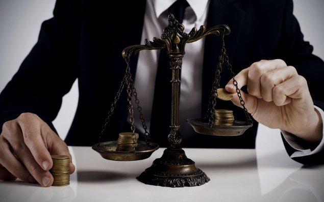 Дочь экс-начальника Херсонского управления капитального строительства обвиняют в сокрытии доходов, фото-1