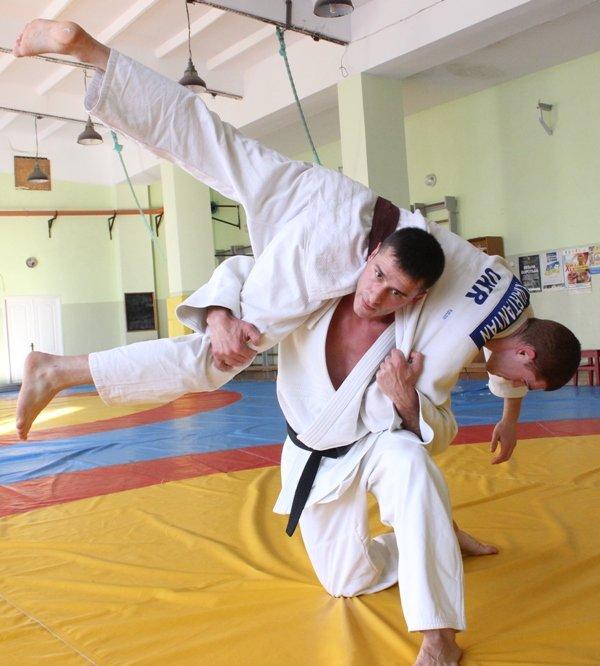 У Херсоні розпочав тренерську діяльність всесвітньо відомий дзюдоїст, фото-1