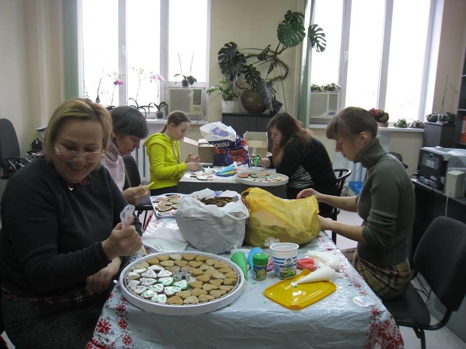 """Херсонские волонтеры завершили акцию """"Подари защитнику сердце"""", фото-2"""