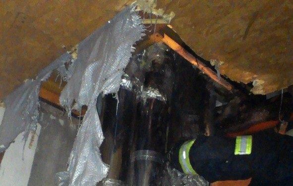 У Херсоні ліквідовано пожежу у приватному житловому будинку, фото-2