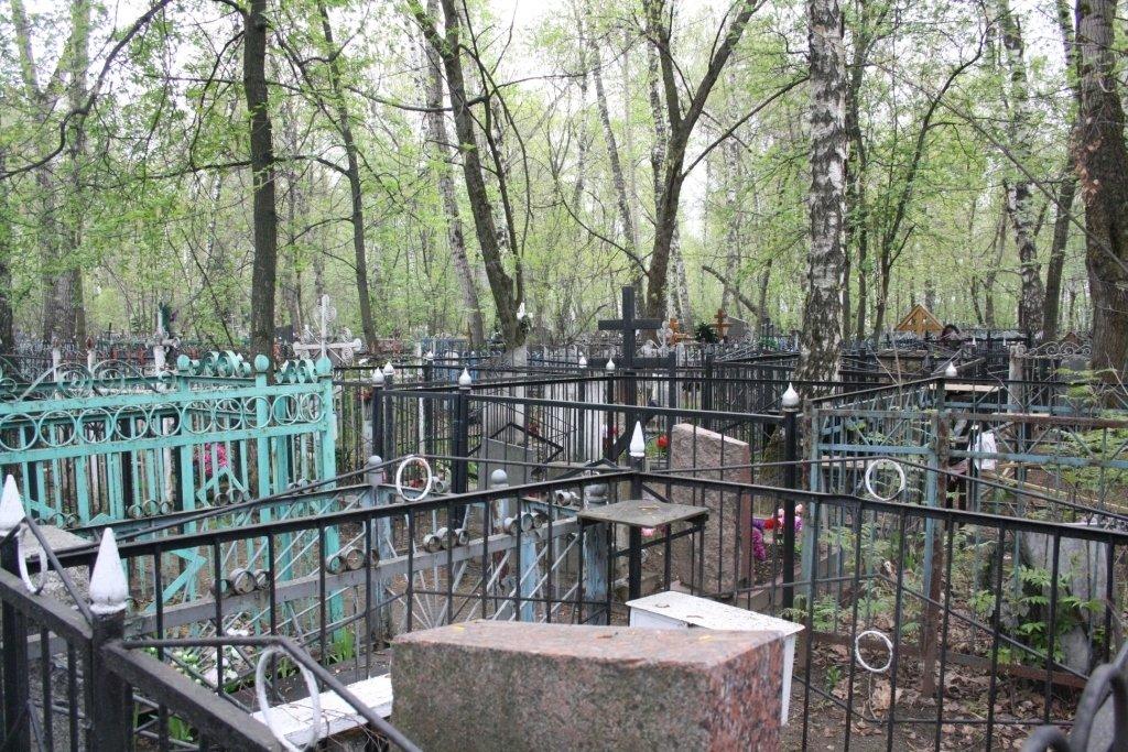 За наруги над могилами житель Нової Каховки засуджений на 4 роки позбавлення волі, фото-1