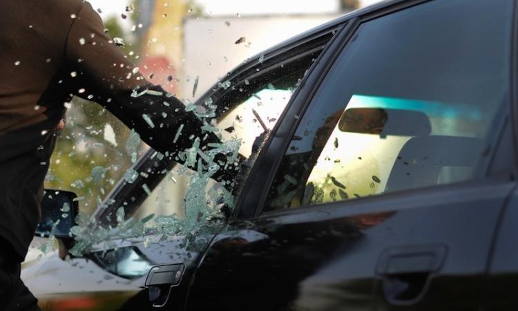 У Херсоні поліцейські затримали серійного крадія цінних речей із автомобілів, фото-1