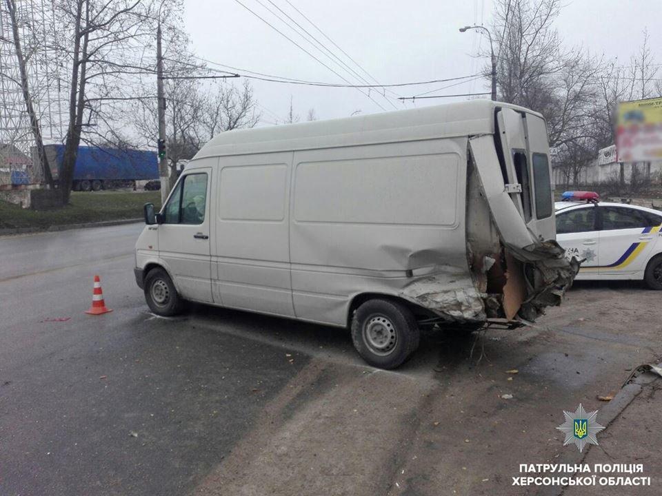 Стали известны подробности аварии в Херсоне, фото-2