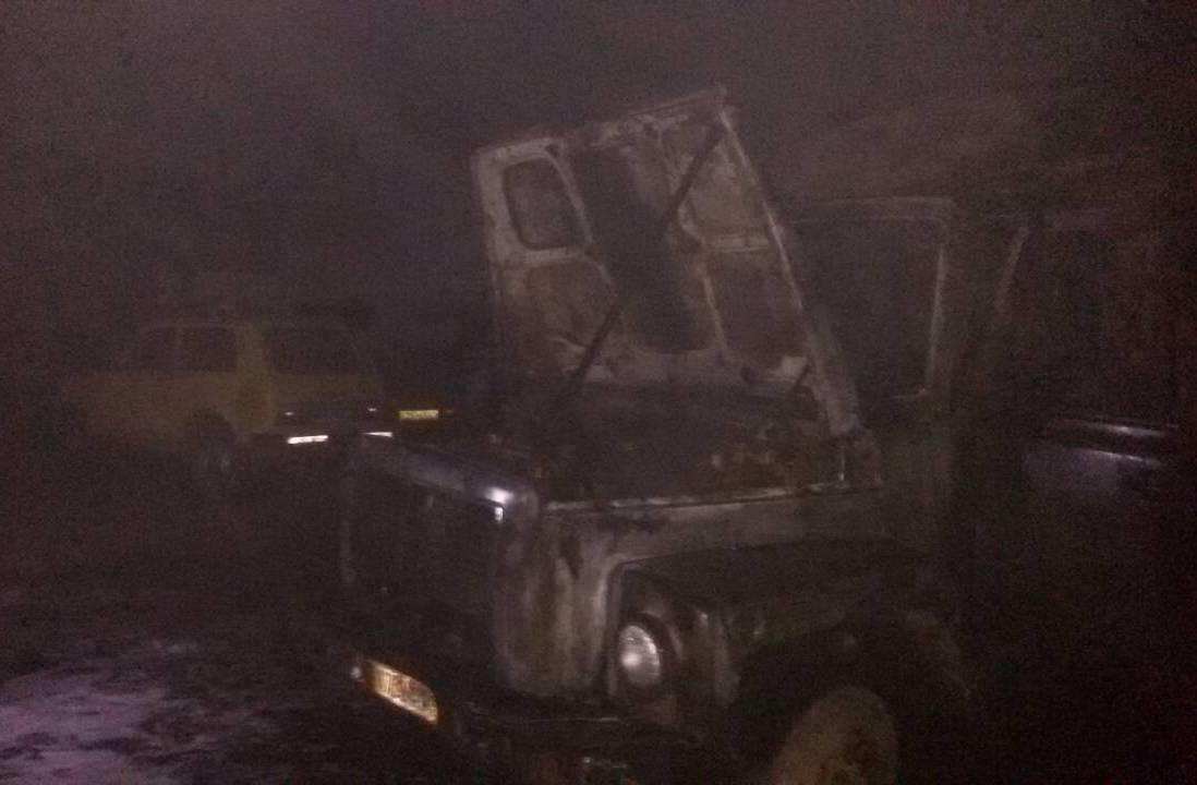 В райцентре Херсонщины сгорел мусоровоз , фото-1