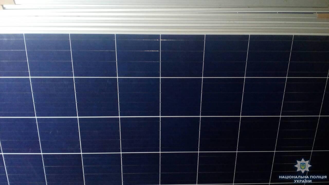 В Олешківському районі поліцейські розкрили крадіжку сонячних батарей, фото-1