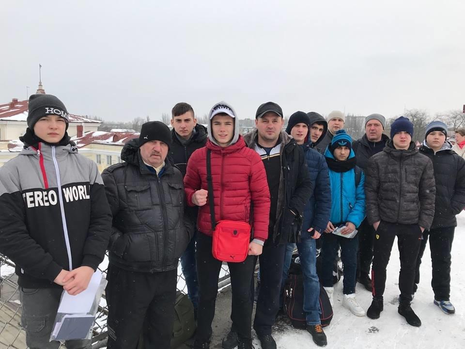Херсонская команда отправилась на турнир по боксу, фото-1
