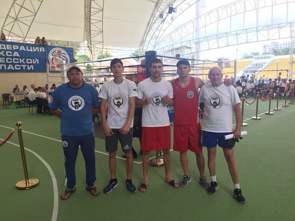 Херсонские боксеры одержали первые победы на одесском турнире, фото-1