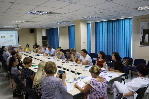 """Відбулось засідання за """"круглим столом"""" щодо протидії торгівлі людьми в Україні та за її межами, фото-1"""