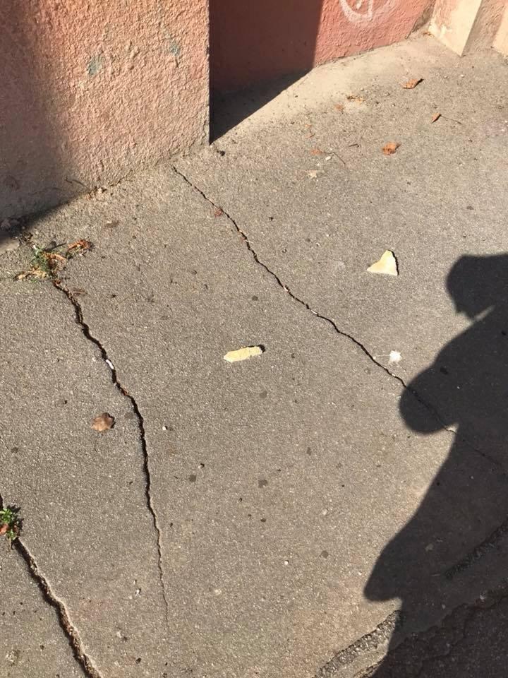 В центре Херсона рушатся фасады домов (фото), фото-2