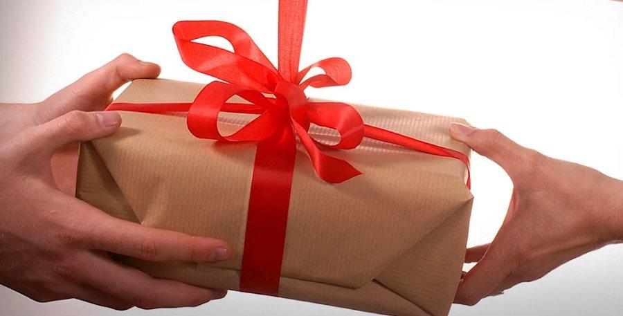 Какой подарок выбрать на день рождения девушке? Путеводитель для нерешительных, фото-1